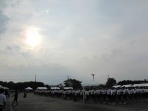 午後3時30分 閉会式 優勝は「白」組 埼玉平成がひとつになりました。 保護者のみな様、たくさんのご来場ありがとうございました。