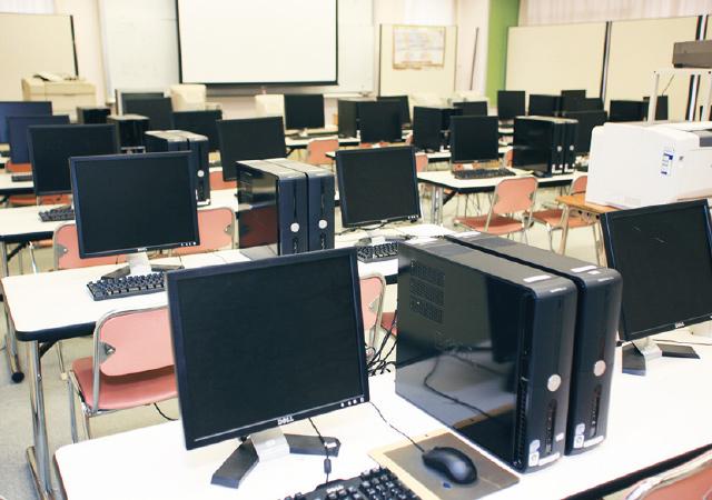 コンピュータールームの写真