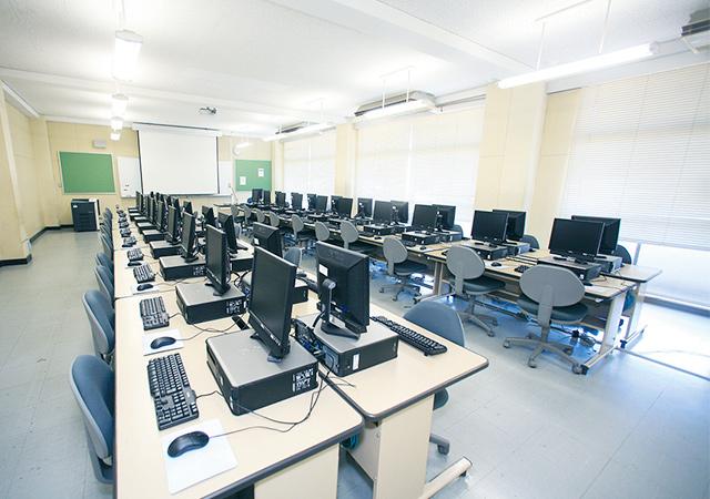マルチメディア教室の写真